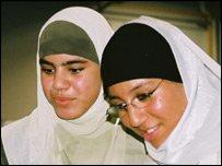 femmesenhijab2