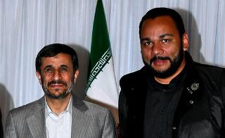 Mahmoud Ahmadinejad - Dieudonné
